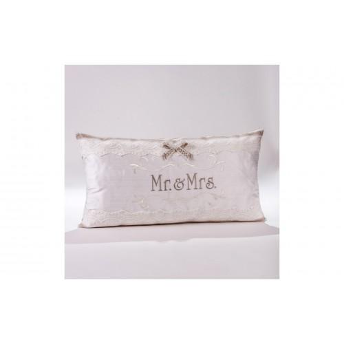 "Decorative Pillow ""Mr&Mrs"" P.5532.040.0304"